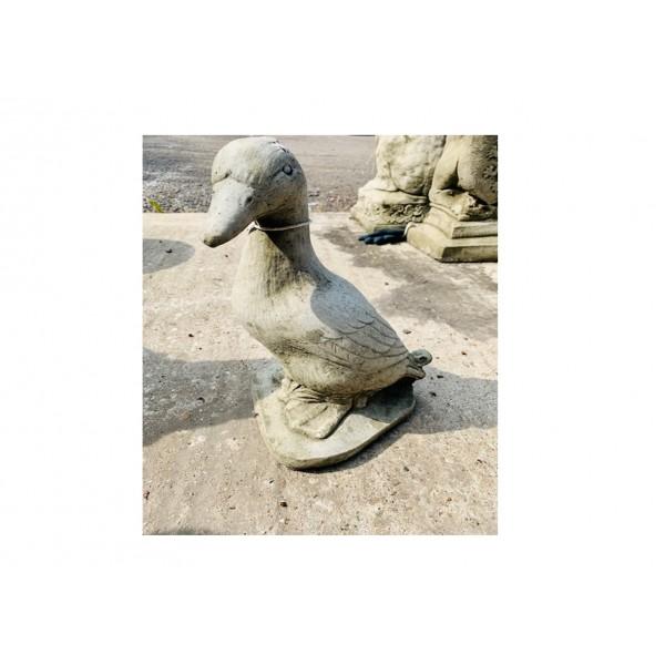 Medium Duck Statue
