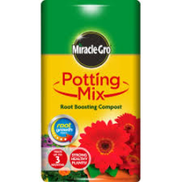 Miracle-Gro Potting Mix - Root Boosting Compost 40L